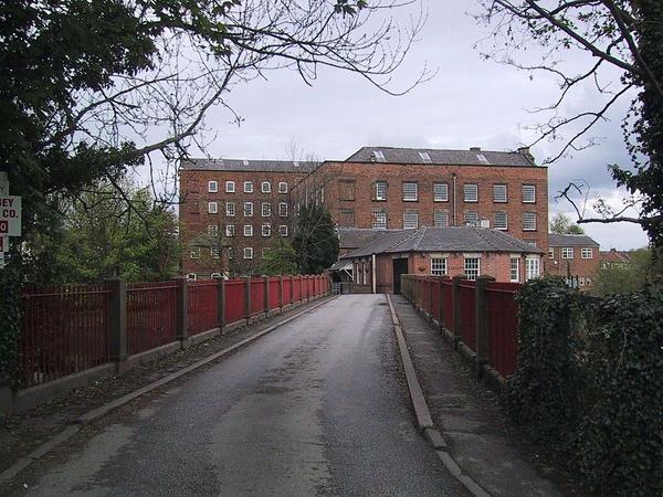 Budynek napędzanej wodą przędzalni w Darley Abbey, domena publiczna