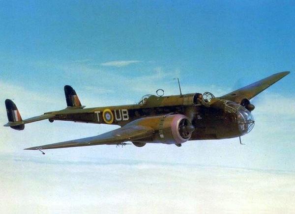Handley Page Hampden. Takie bombowce Gibson pilotował we wrześniu 1939 roku