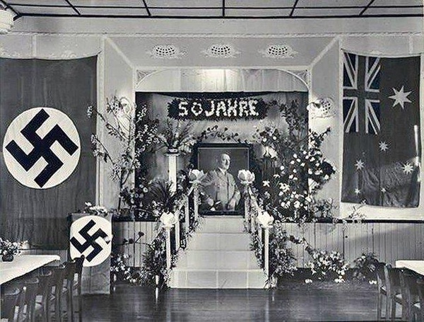Uroczyste obchody urodzin Hitlera w Adelaide w Australii
