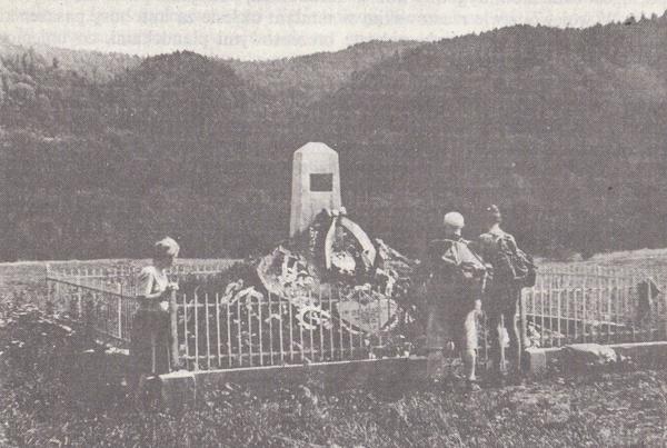 Dawny pomnik Karola Świerczewskiego w Jabłonkach, domena publiczna