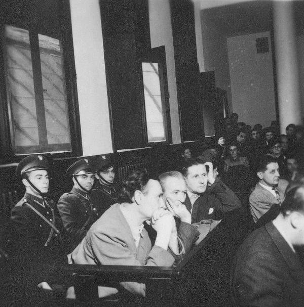 """Proces aktorów występujących w filmie """"Heimkehr"""", 1948 rok (fot. NAC)"""