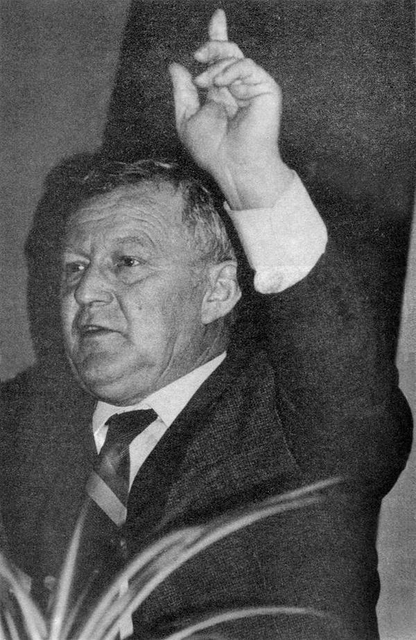 Mieczysław F. Rakowski w latach osiemdziesiątych (domena publiczna)