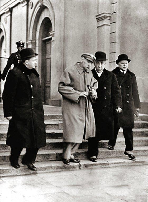 Schorowany Józef Piłsudski po powrocie z Wilna, 21 marca 1935 roku