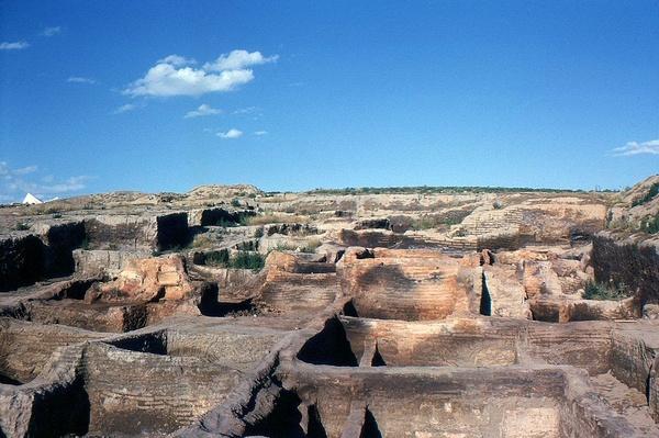 Neolityczne stanowisko Çatalhöyük (fot. Omar Hoftun, udostępniono na licencji: [CC BY-SA 3.0](https://creativecommons.org/licenses/by-sa/3.0/)