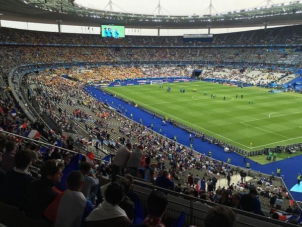 Euro 2016, mecz Francja-Rumunia, fot. Eric Salard, na licencji [CC BY-SA 2.0](https://creativecommons.org/licenses/by-sa/2.0/deed.en)