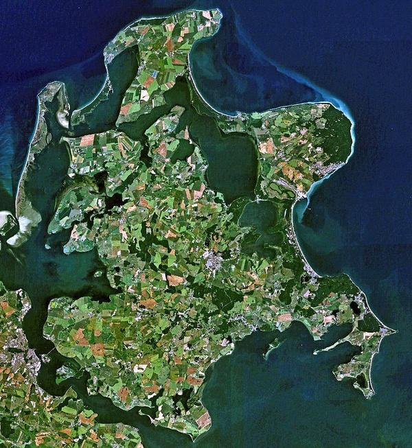 Rugia na zdjęciu satelitarnym NASA (domena publiczna)