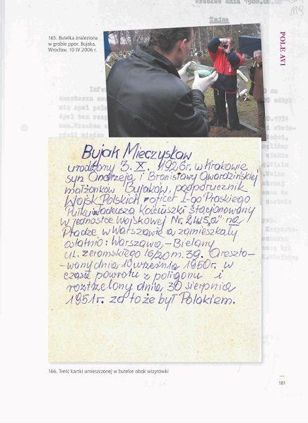 """(Zdjęcie pochodzi z albumu """"Cmentarz Osobowicki we Wrocławiu. Pola ofiar komunizmu"""", wszelkie prawa zastrzeżone)"""